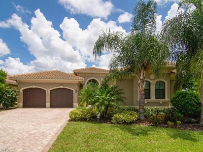 Naples Single Family Home For Sale: 3045 Cinnamon Bay Cir