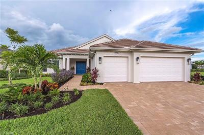 Naples Single Family Home For Sale: 14793 Spinnaker Way