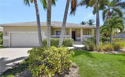 Marco Island Single Family Home For Sale: 1331 Bayport Ave