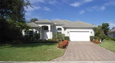 Bonita Springs Single Family Home For Sale: 10155 Avonleigh Dr
