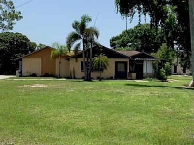Fort Myers Single Family Home For Sale: 17209 Lee Rd