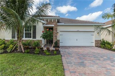 Fort Myers Single Family Home For Sale: 15240 Floresta Ln
