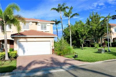 Fort Myers Condo/Townhouse For Sale: 17560 Cherry Ridge Ln