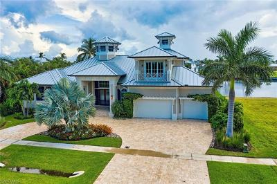 Marco Island Single Family Home For Sale: 610 Tigertail Ct