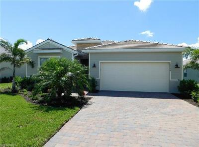 Naples Single Family Home For Sale: 14664 Topsail Dr