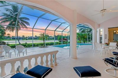 Naples Single Family Home For Sale: 2137 Imperial Cir