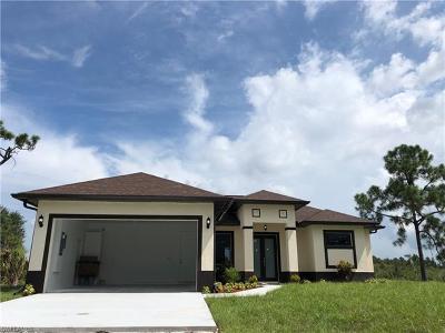 Naples Single Family Home For Sale: 3661 NE 50th Ave