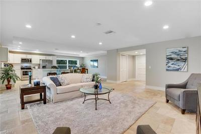 Naples Single Family Home For Sale: 687 E Cypress Way