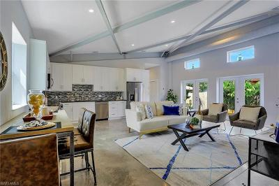 Naples FL Single Family Home For Sale: $325,000