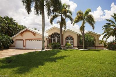 Cape Coral Single Family Home For Sale: 1716 SW 50th Ter