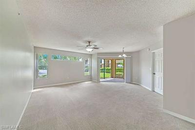 Bonita Springs Condo/Townhouse For Sale: 8950 E Colonnades Ct #811