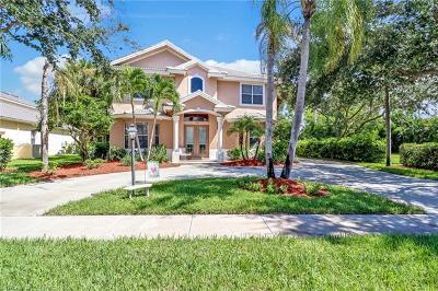 Naples Single Family Home For Sale: 8048 Vera Cruz Way