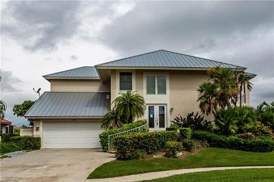 Marco Island Single Family Home For Sale: 592 Tripoli Ct