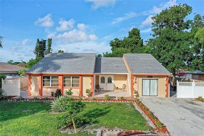 Naples Single Family Home For Sale: 1764 SW 44th Ter