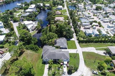 Bonita Springs Multi Family Home For Sale: 3627 Riviera Cir