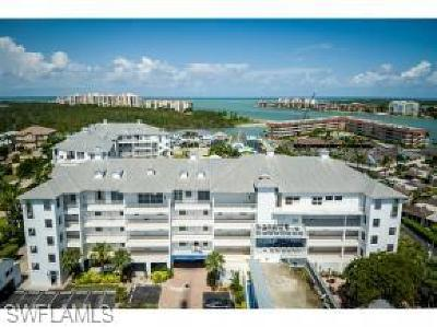 Olde Marco Inn Condo/Townhouse For Sale: 160 Palm St #206