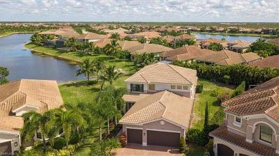 Naples Single Family Home For Sale: 3164 Pacific Dr