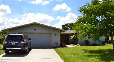 Naples Single Family Home For Sale: 160 Willoughby Dr