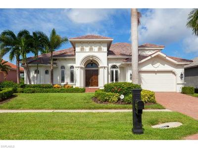 Marco Island Single Family Home For Sale: 120 Bonita Ct