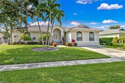 Marco Island Single Family Home For Sale: 1833 N Bahama Ave