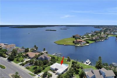 Marco Island Single Family Home For Sale: 1373 N Collier Blvd