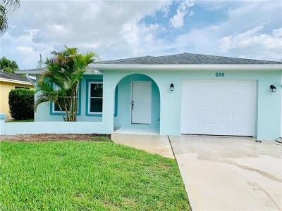 Naples Single Family Home For Sale: 686 N 93rd Ave