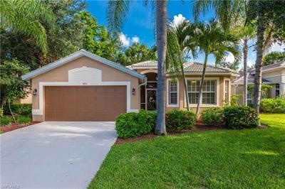Estero Single Family Home For Sale: 9876 N Colonial Walk