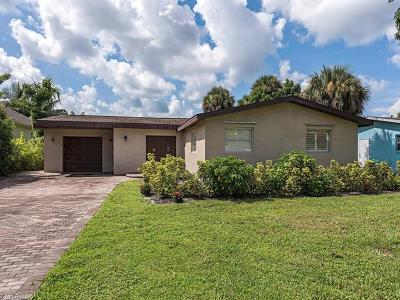 Naples Single Family Home For Sale: 1466 Curlew Ave