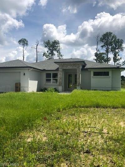 Naples Single Family Home For Sale: 3764 SE 16th Ave