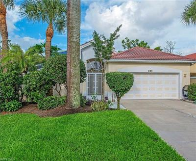 Naples Single Family Home For Sale: 327 Pindo Palm Dr
