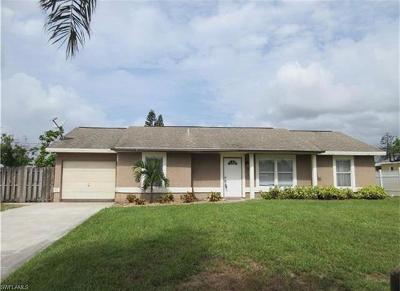 Naples Single Family Home For Sale: 5071 SW 31st Pl