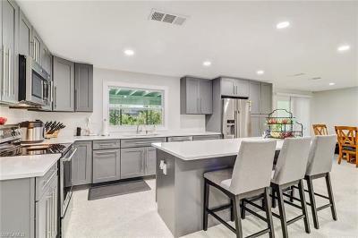 Naples Single Family Home For Sale: 22 Maui Cir #22