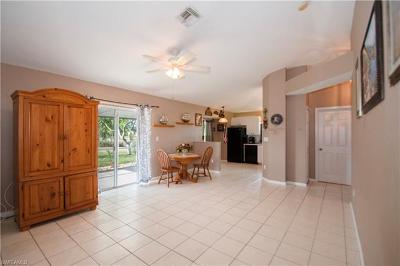 Naples Single Family Home For Sale: 750 Cherry Blossom Ct