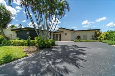 Single Family Home For Sale: 4230 Lakewood Blvd