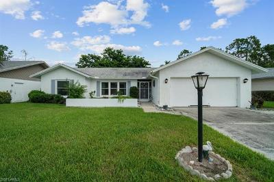 Naples Single Family Home For Sale: 128 Marseille Dr