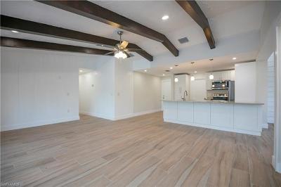 Naples Single Family Home For Sale: 6160 Lancewood Way