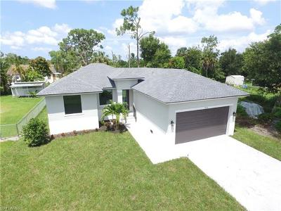 Naples Single Family Home For Sale: 5209 N Caldwell St