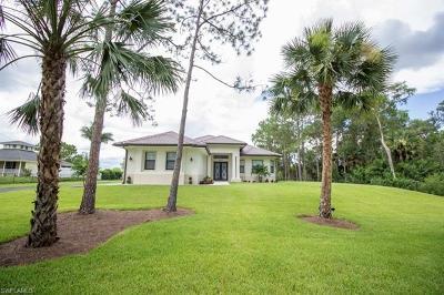 Naples Single Family Home For Sale: 4860 NE 12th St