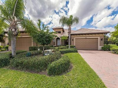 Naples Single Family Home For Sale: 7555 Moorgate Point Way