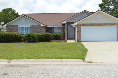 Navarre FL Single Family Home For Sale: $219,900