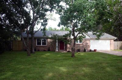 Gulf Breeze Single Family Home For Sale: 1030 Great Oaks Drive