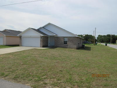 Navarre FL Single Family Home For Sale: $181,500