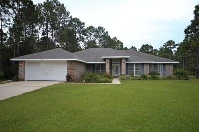 Navarre Single Family Home For Sale: 7127 Broadmoor Street