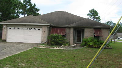 Navarre FL Single Family Home For Sale: $104,000