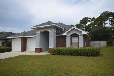 Navarre Single Family Home For Sale: 1783 Sound Hammock Drive