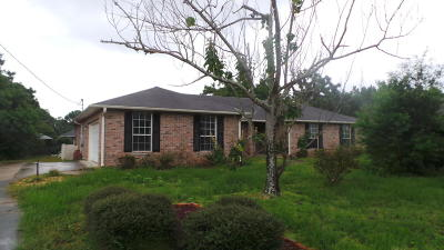 Navarre Single Family Home For Sale: 2010 Pelican Lane