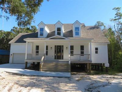Navarre Single Family Home For Sale: 2008 Plantation Oaks