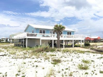 Navarre Single Family Home For Sale: 7654 Gulf Boulevard