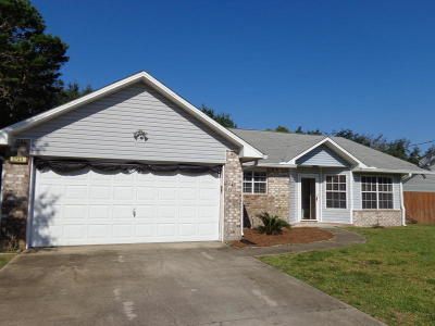 Navarre FL Single Family Home For Sale: $198,000