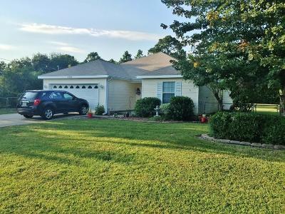 Navarre FL Single Family Home For Sale: $189,900
